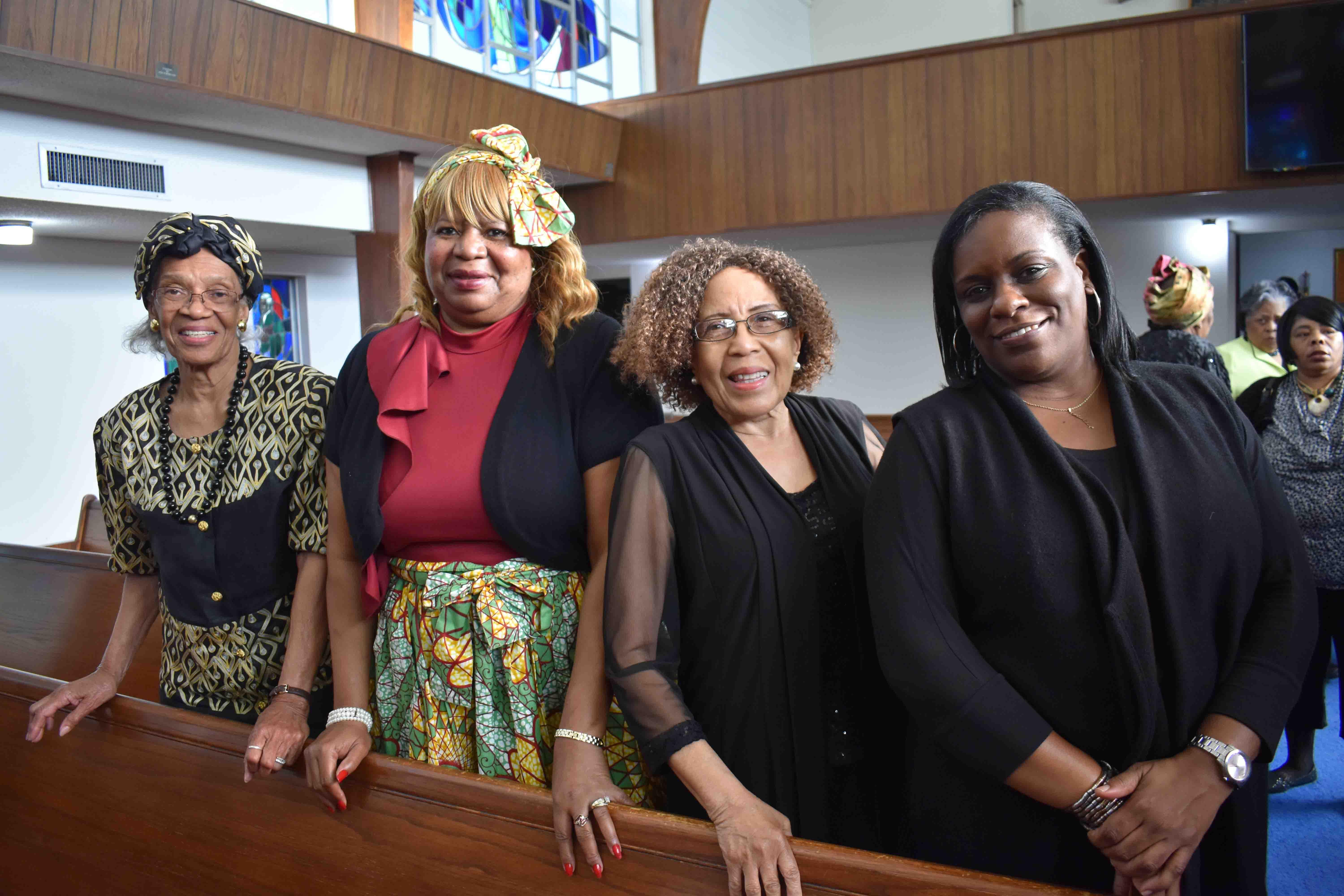 Barbara Johnson, Pam Glover, Mae Green, Cindy Jones